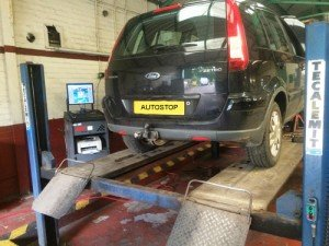 Car Servicing Warrington including Renault servicing